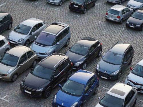 Überwachung von Parkplätzen.